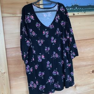 EUC Woman Within 22/24 black floral tunic top